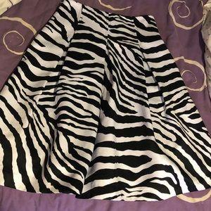 High waist Express skirt size 2 with pockets